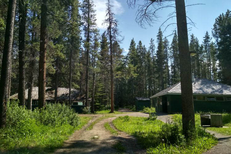 Two jack lake campground in Canada 3